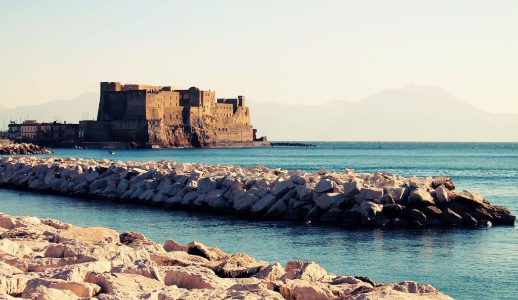 Vaječný hrad v Neapoli - Castel dell'Ovo