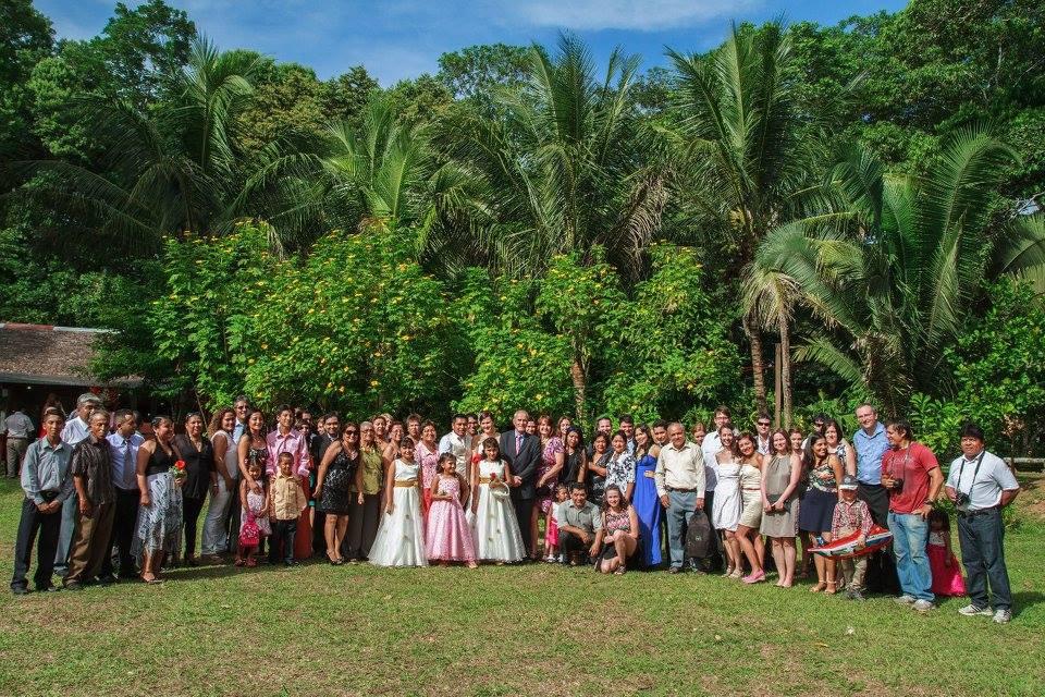 Velká svatba, džungle na pozadí.