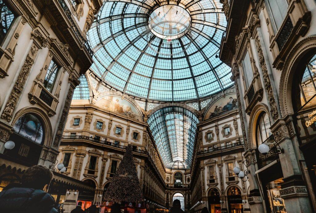 Milánksá nákupní galerie, pohled na strop