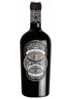 láhev červeného vína s grafickou etiketou