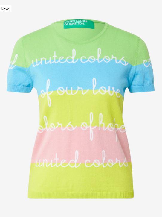 několikabarevné tričko